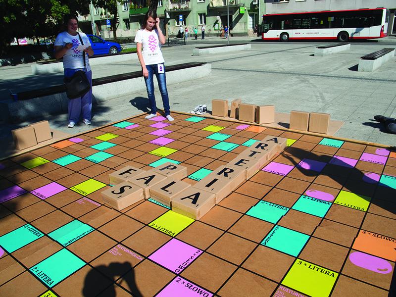 FRiKO Gigantyczne Scrabble fot. K. Szczytowski